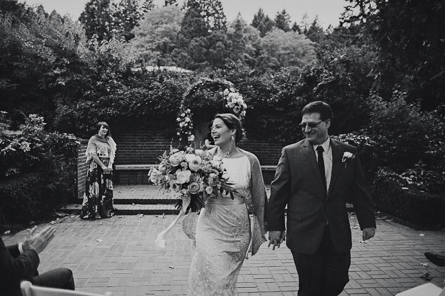 Portland-Rose-Garden-Wedding-41.jpg