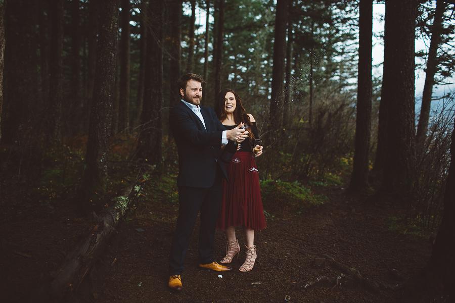 Horsetail-Falls-Engagement-Photos-26.jpg