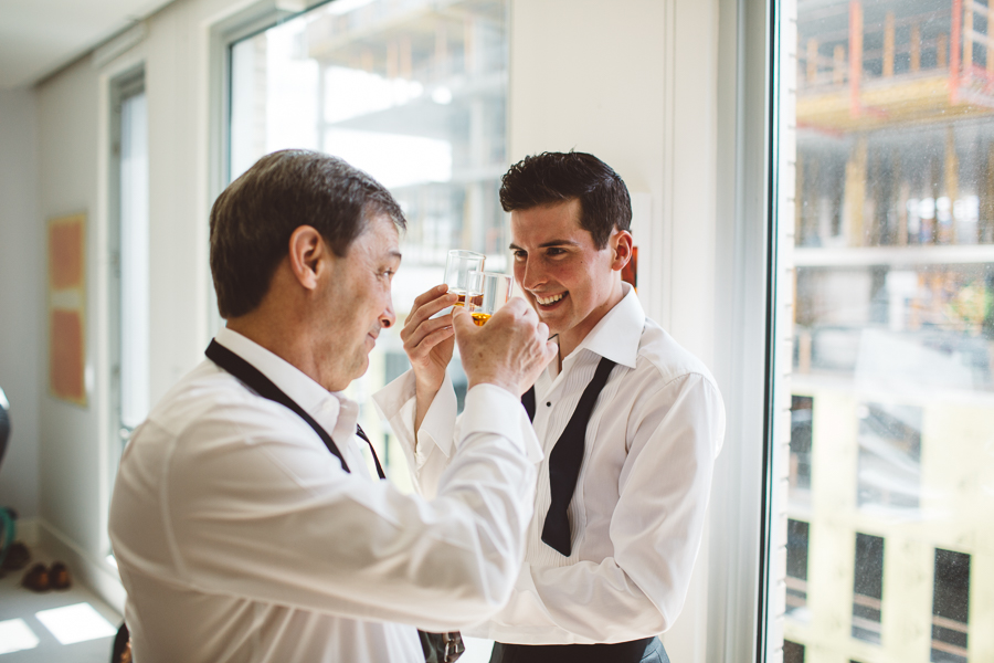 Castaway-Portland-Wedding-Photos-15.jpg