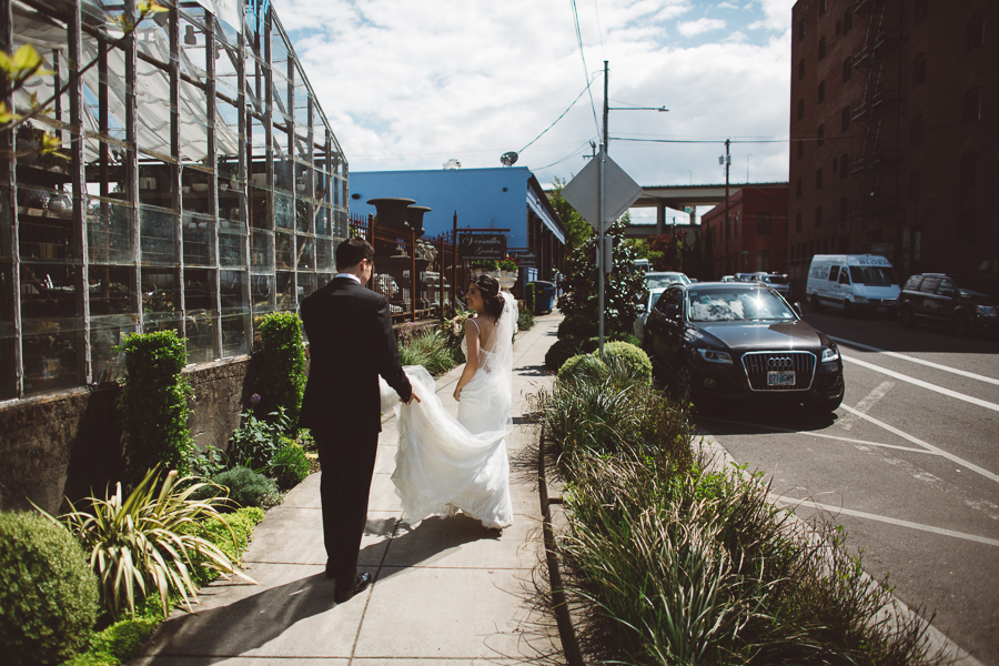 Castaway-Portland-Wedding-Photos-47.jpg