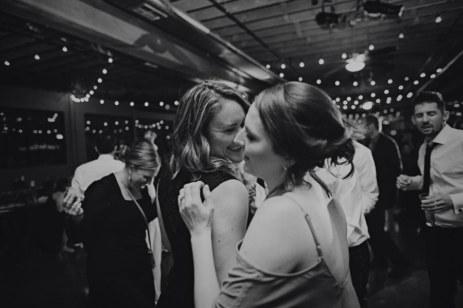 Castaway-Portland-Wedding-Photos-172.jpg