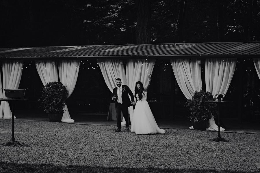 Hornings-Hideout-Wedding-Photos-104.jpg