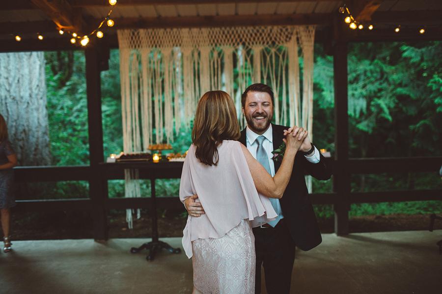 Hornings-Hideout-Wedding-Photos-158.jpg