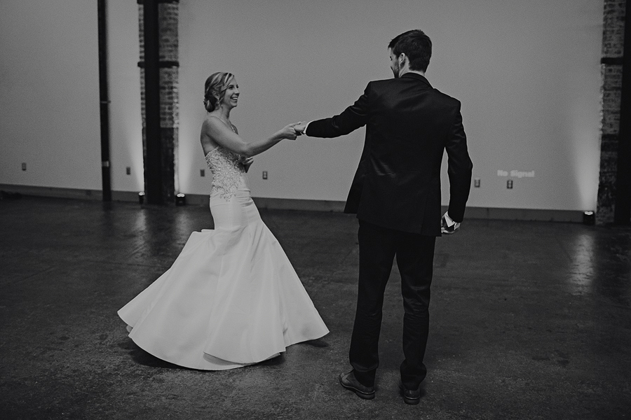 Left-Bank-Annex-Wedding-Photos-163.jpg