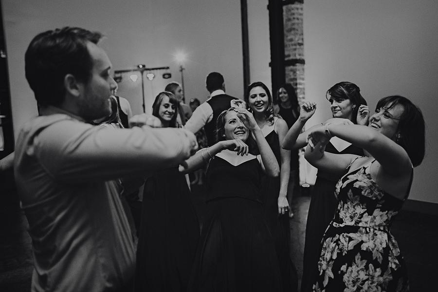 Left-Bank-Annex-Wedding-Photos-185.jpg