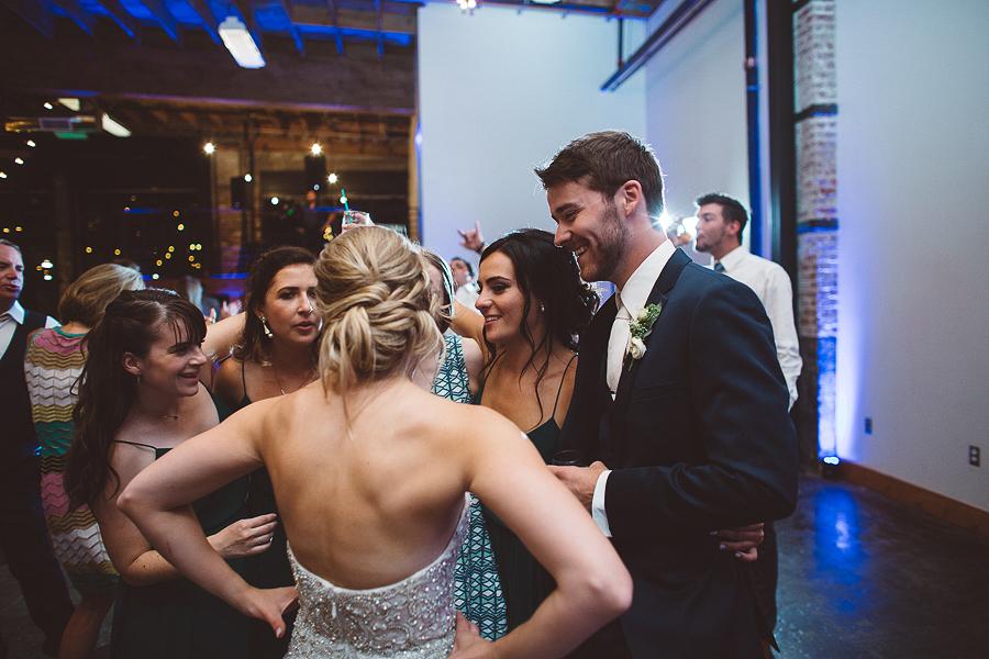 Left-Bank-Annex-Wedding-Photos-199.jpg