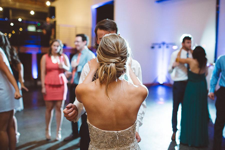 Left-Bank-Annex-Wedding-Photos-204.jpg