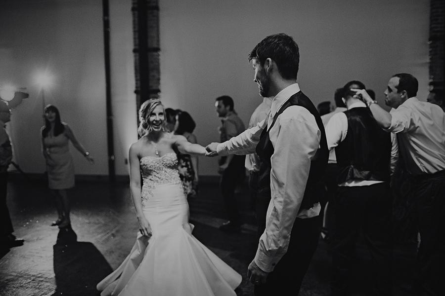 Left-Bank-Annex-Wedding-Photos-205.jpg