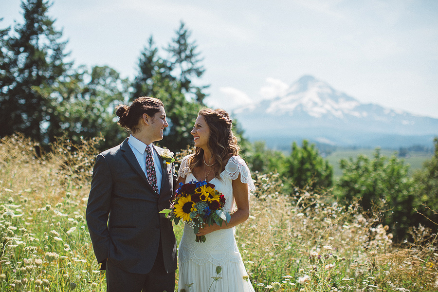 Mt-Hood-Organic-Farms-Wedding-Photographs-40.jpg