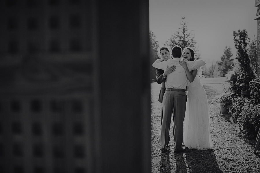 Mt-Hood-Organic-Farms-Wedding-Photographs-118.jpg