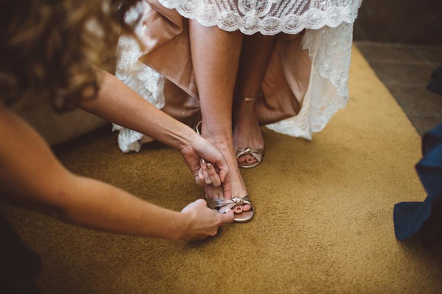 Bend-Wedding-Photographer-15.jpg