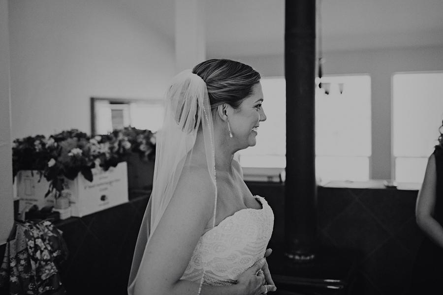 Bend-Wedding-Photographer-18.jpg