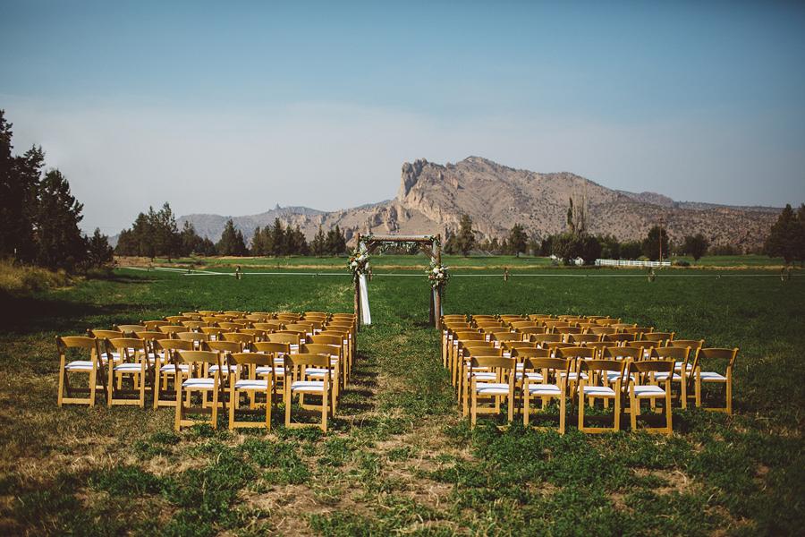 Bend-Wedding-Photographer-19.jpg
