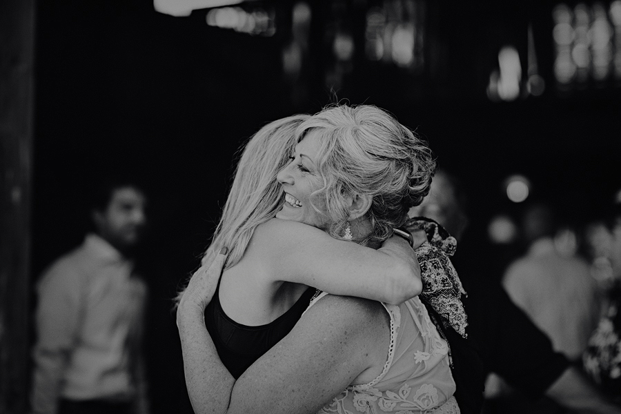 Bend-Wedding-Photographer-33.jpg