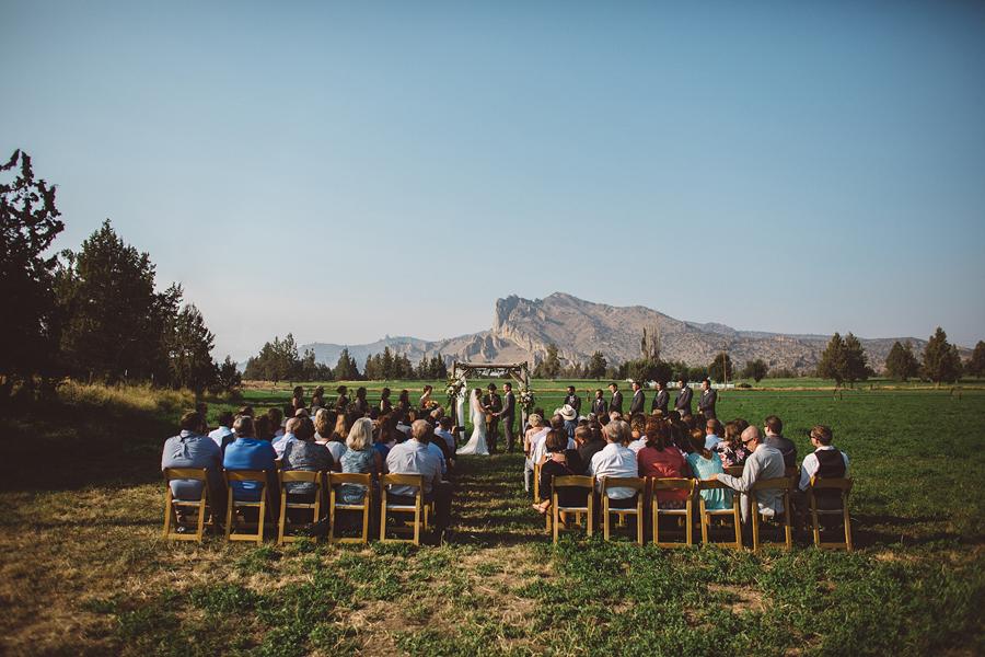 Bend-Wedding-Photographer-63.jpg