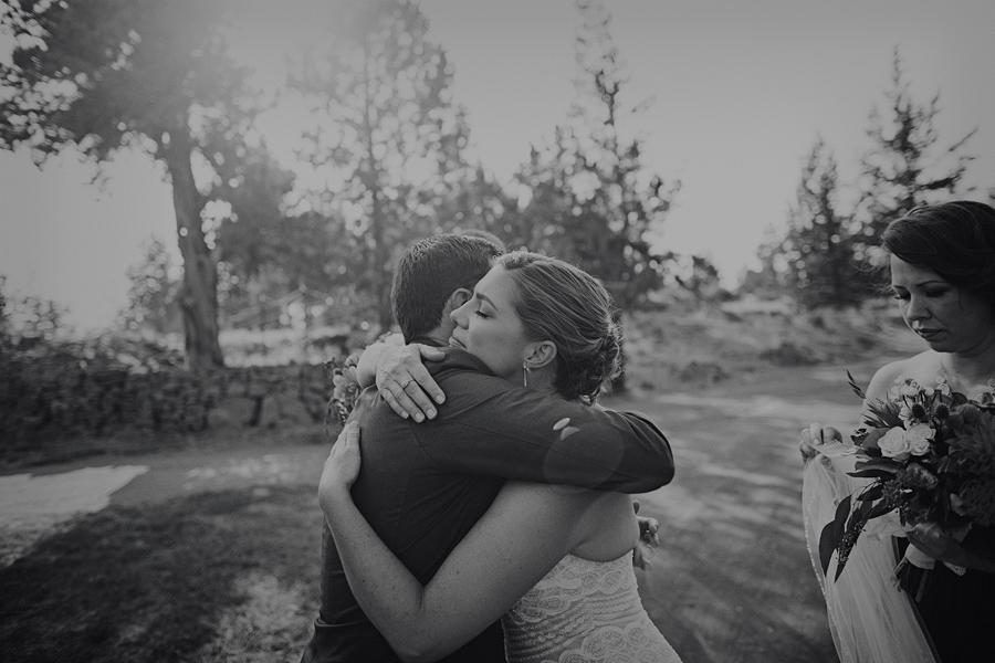 Bend-Wedding-Photographer-72.jpg