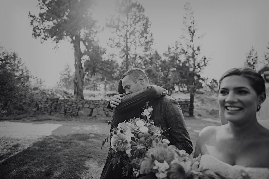 Bend-Wedding-Photographer-73.jpg