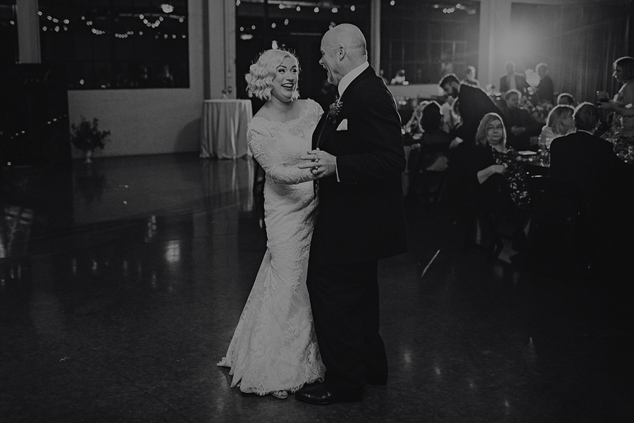 Castaway-Portland-Wedding-Pictures-117.jpg