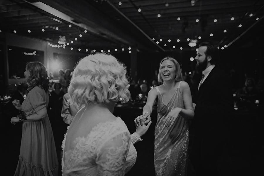 Castaway-Portland-Wedding-Pictures-120.jpg