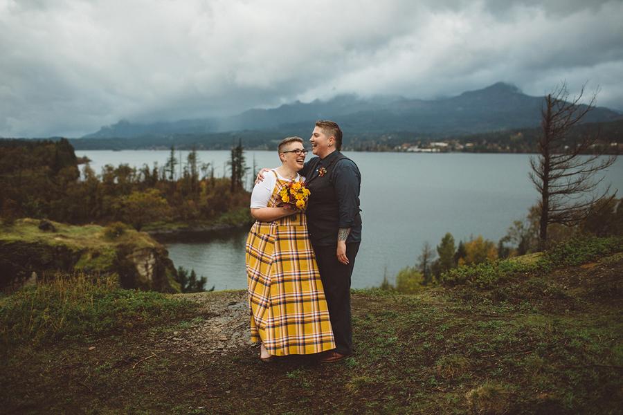 Columbia-River-Gorge-Wedding-4.jpg