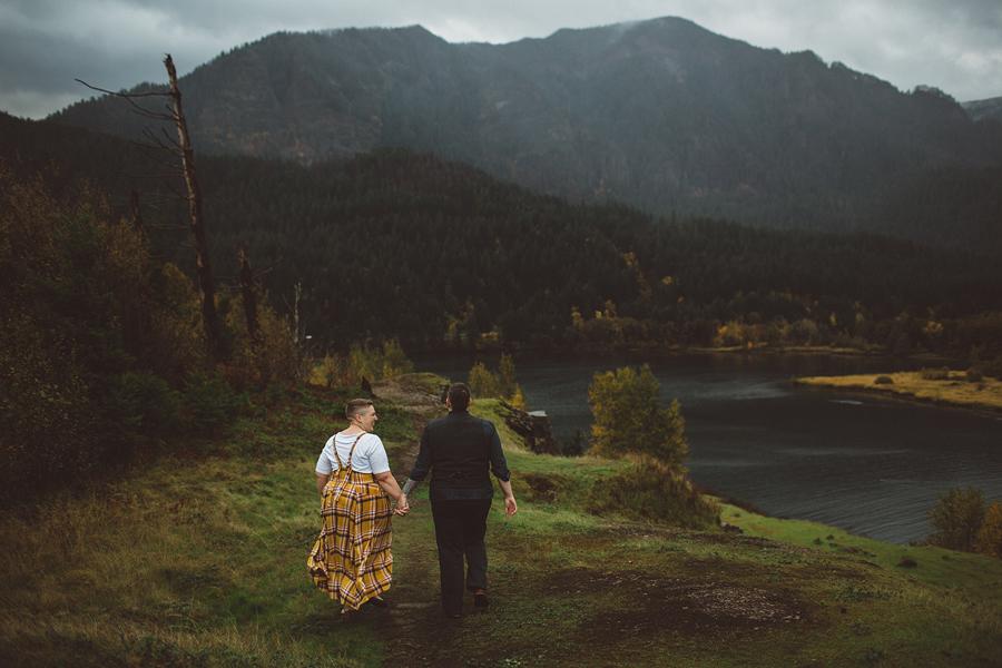 Columbia-River-Gorge-Wedding-32.jpg