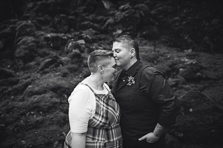 Columbia-River-Gorge-Wedding-45.jpg