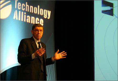 2010_Christensen-onstage2.jpg
