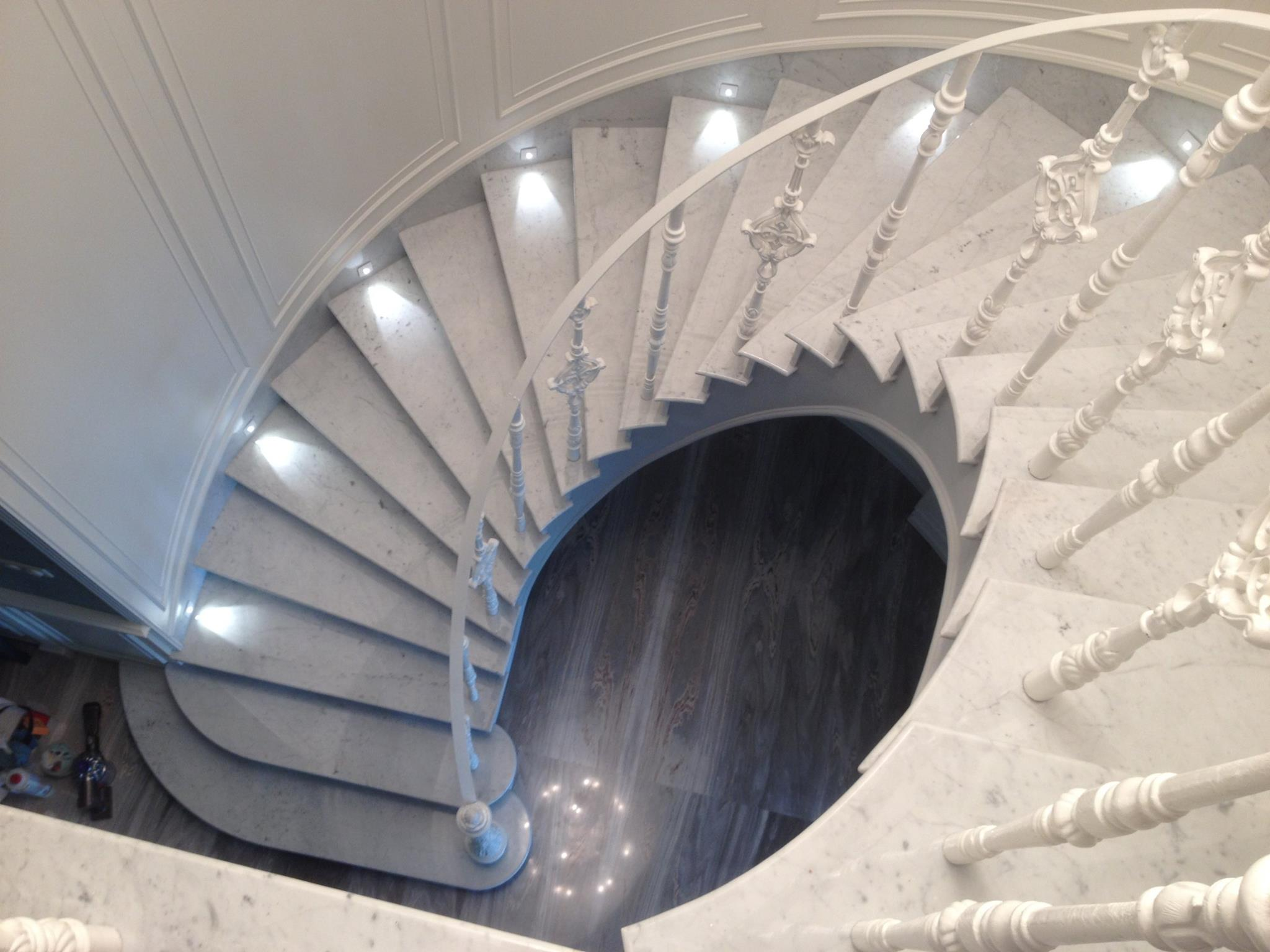 лестница бьянко перлино.jpg
