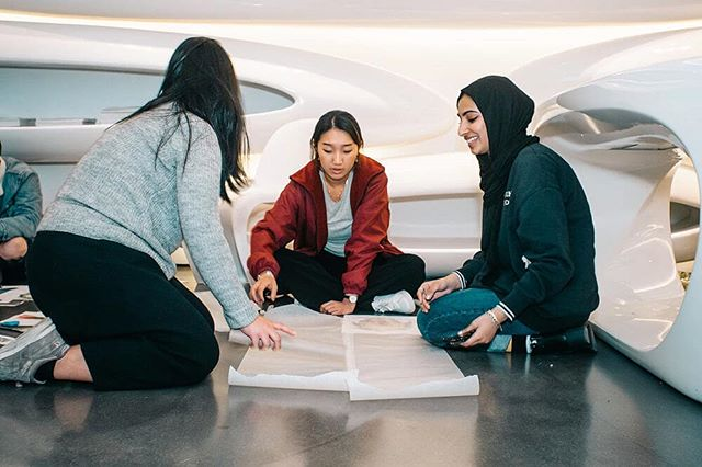 THIS SATURDAY! STUDENT CHARRETTE!  The annual AIA UK Student Charrette offers UK students the opportunity to take part in a juried one-day design competition hosted by the Roca Gallery.  When: Saturday 19 October 2019, 9am-6pm  Where: Roca London Gallery, Station Court, Townmead Rd, London SW6 2PY  Entry fee:£10 per student  Tickets via link in bio!  #aiauk #charrette #studentcharrette2019