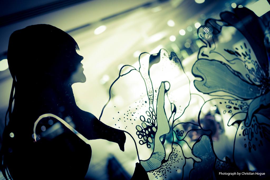 Pomme-Chan_Selfridges painting3.jpg