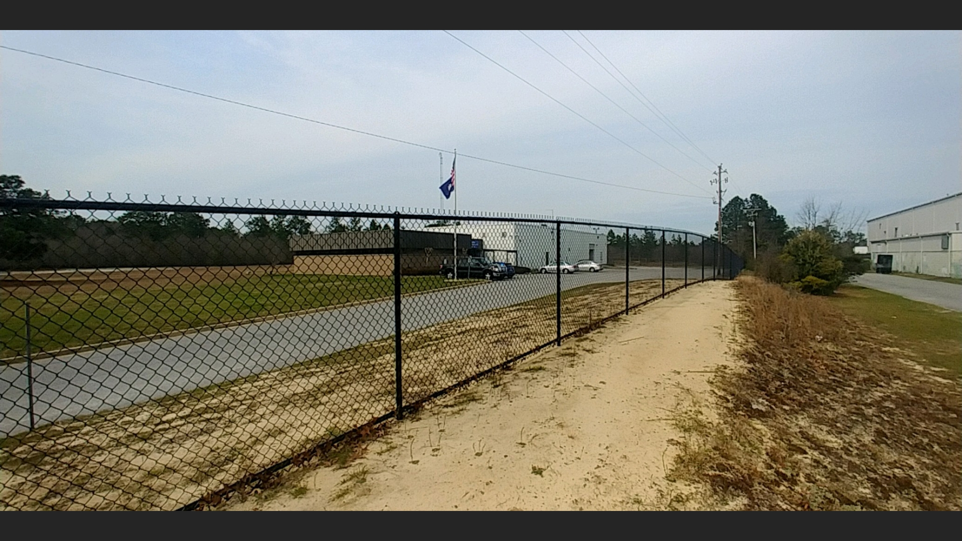 Chain link fences 2.jpg