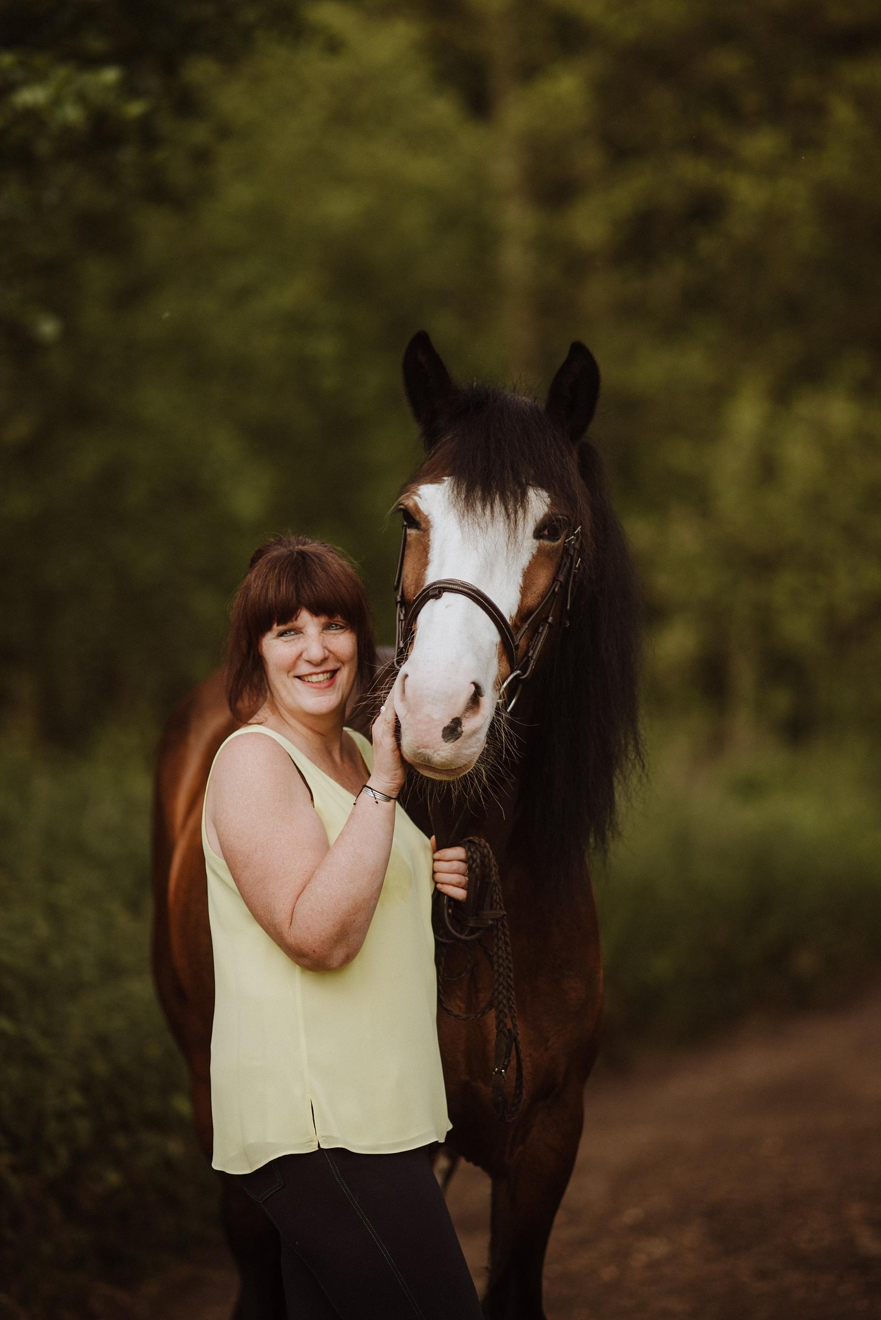equine photographer in surrey
