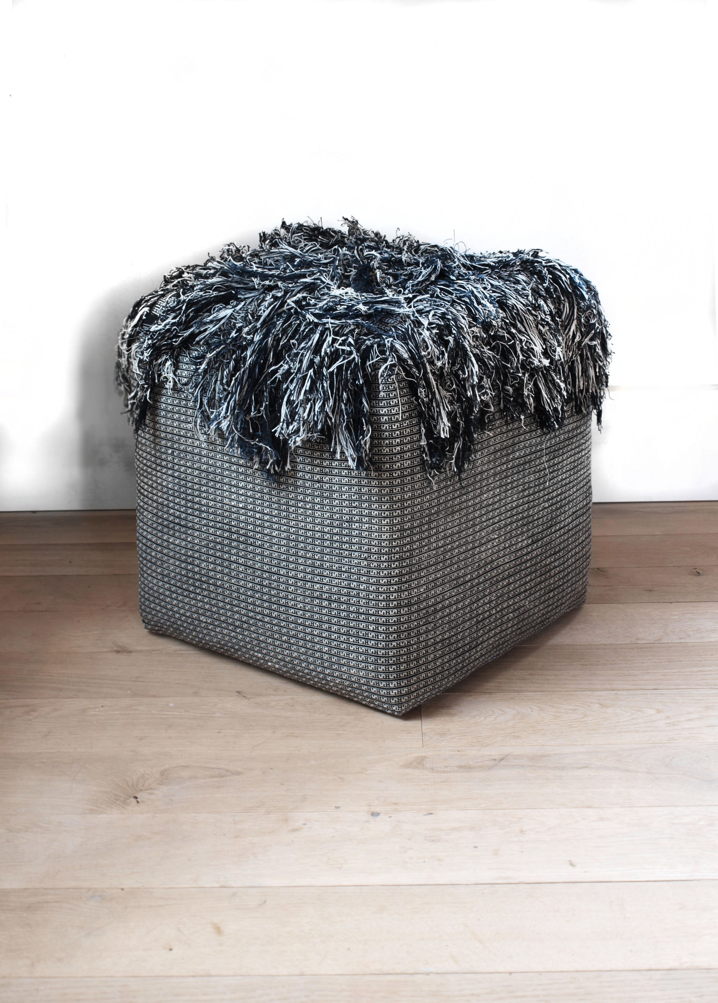 handa_textiles_pouf - 4.jpg
