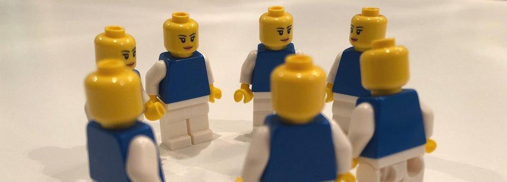 I TEAM! möts våra två kurser Coacha team och LEGO® Serious Play®.