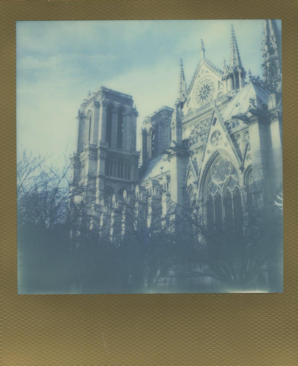 ParisPola2067.jpg