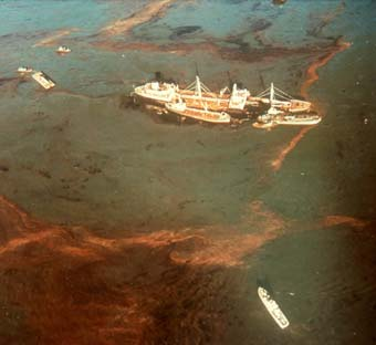 The Oregon Standard Oil tanker, afloat and leaking ( source )