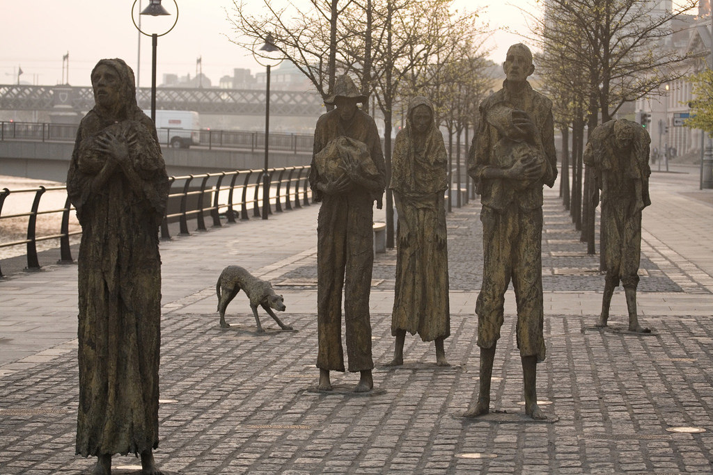 A memorial to the Irish Potato Famine, caused by  Phytophthora infestens  (By  William Murphy    CC 2.0 BY SA )