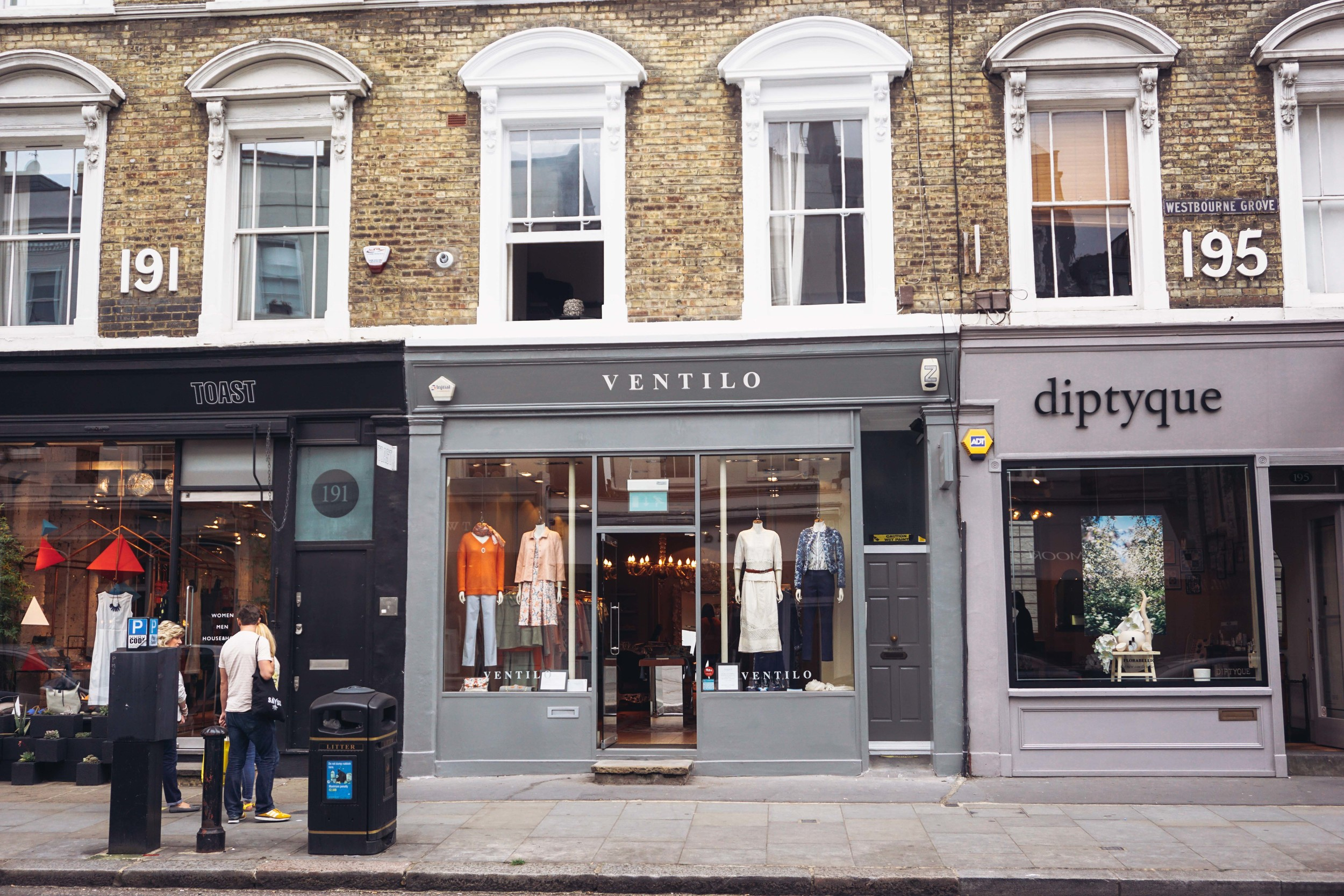 Shops in Notting Hill. (shopping)