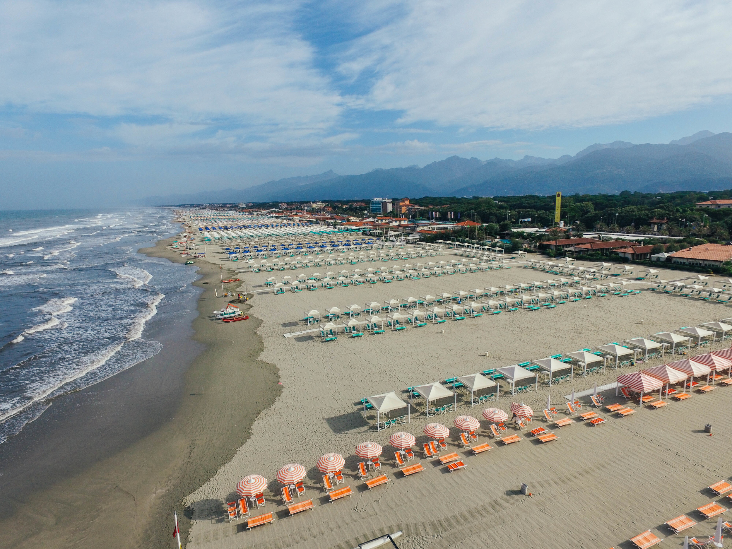 Drone photography in Lido di Camaoire. Beach & ocean shots.