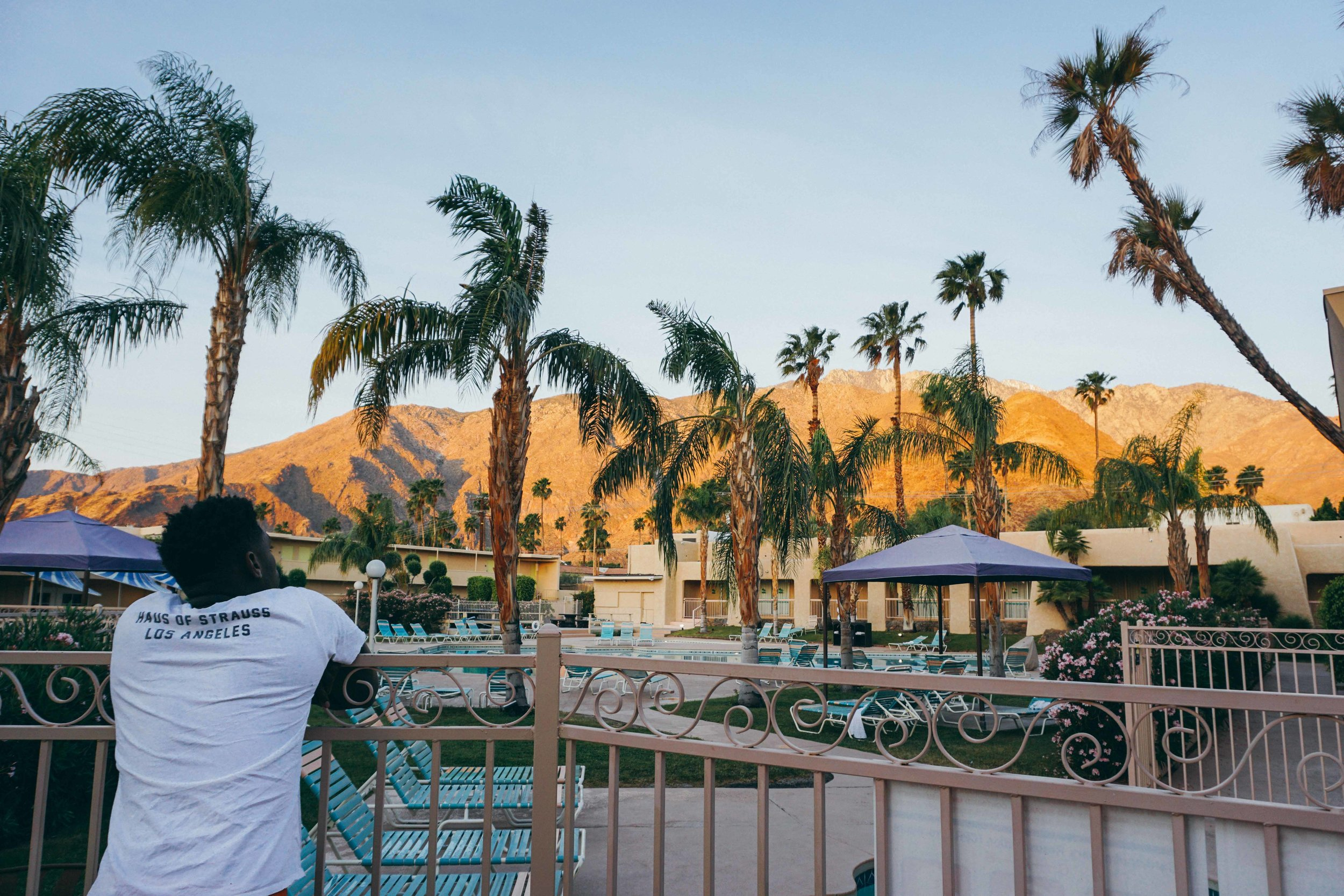 Where to stay-Coachella Guide Blog Post Kat Caprice