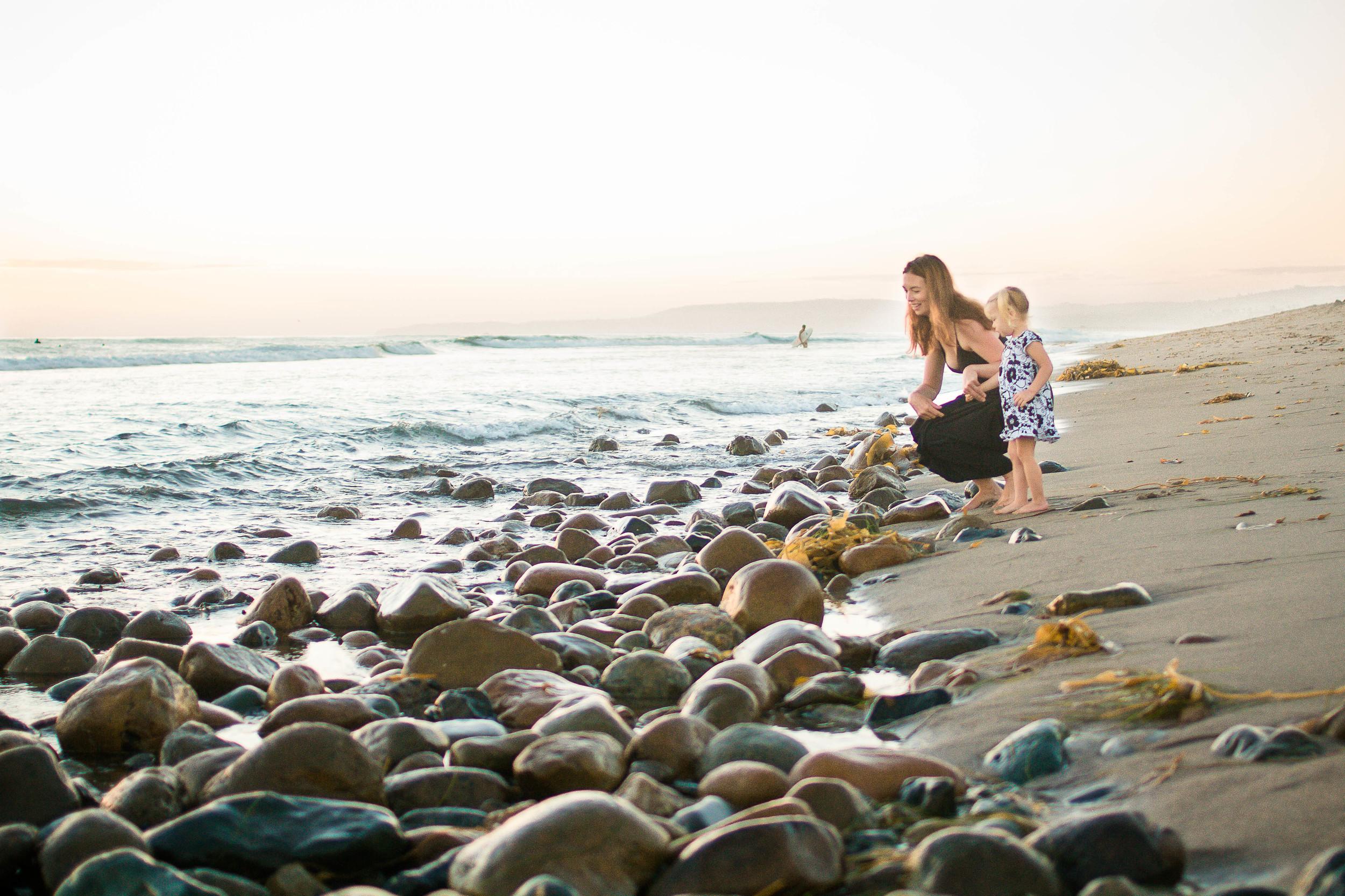 family_beach (2 of 3).jpg