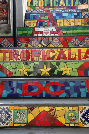 tropicalia_.jpg