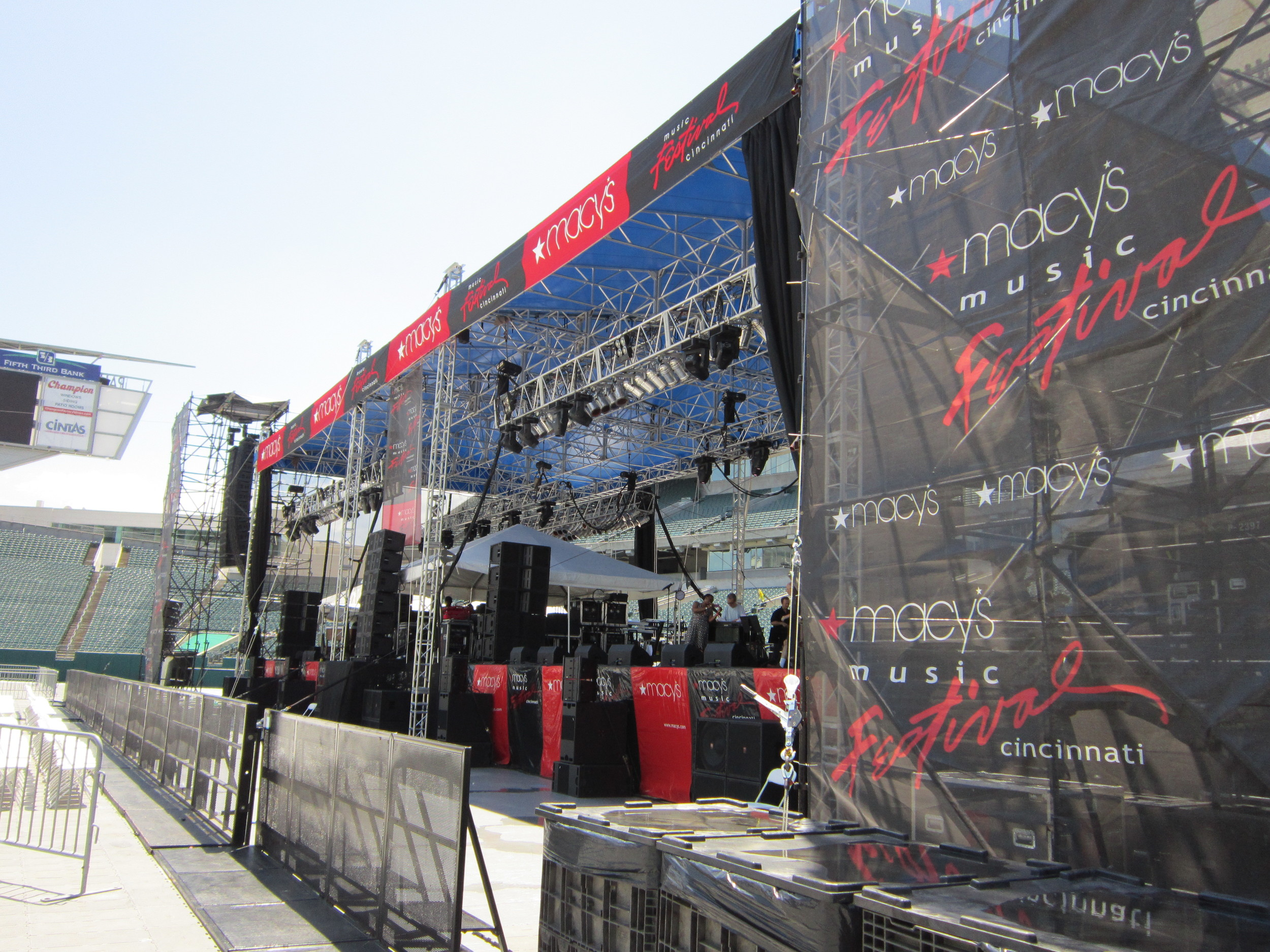 crowd control - Macy's Jazz Fest.JPG