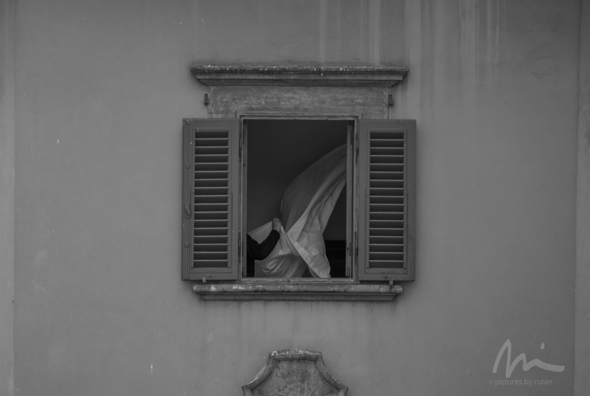 Changing Sheets, Florence