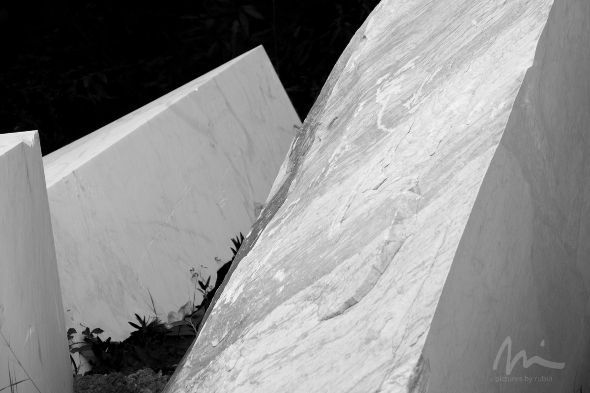 Scraps No. 1, Carrara