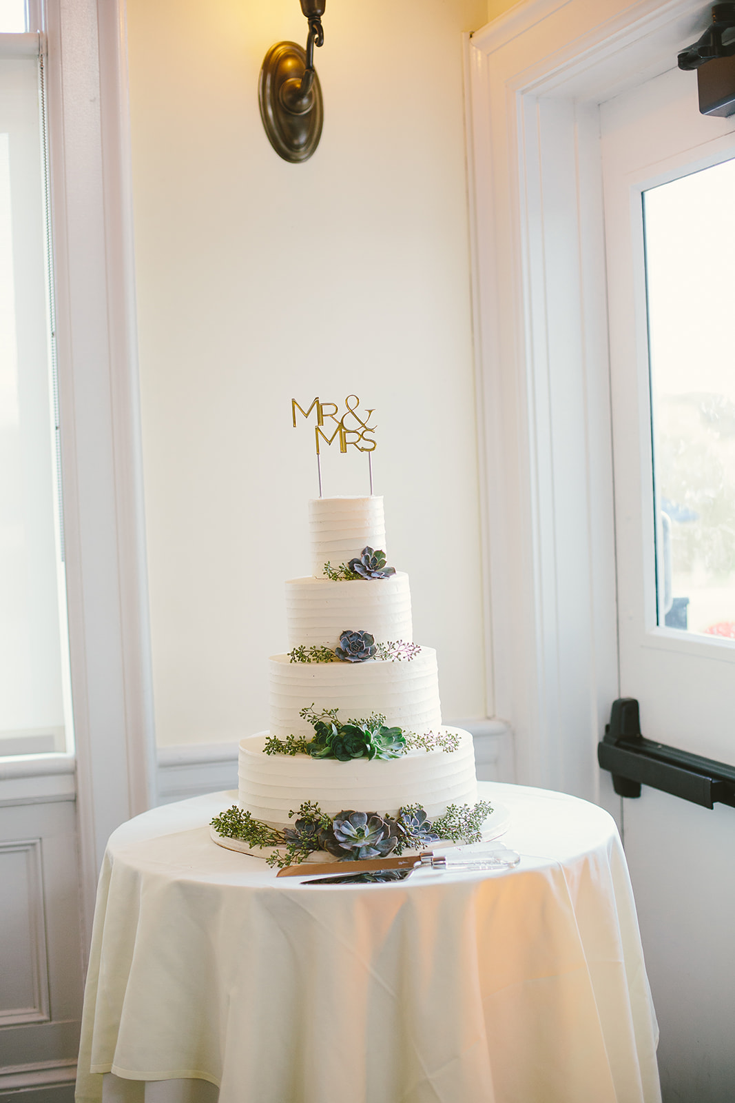 31 Wedding Cake with succulents.jpg