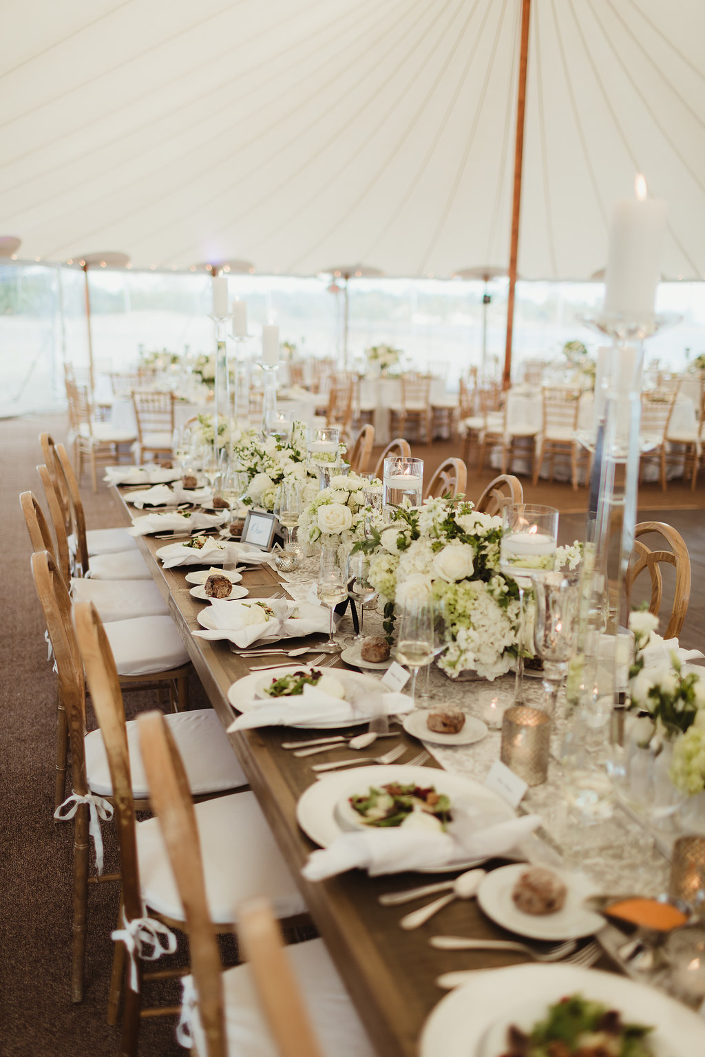 16 Wedding tablescape Fairfield Beach Club.jpg