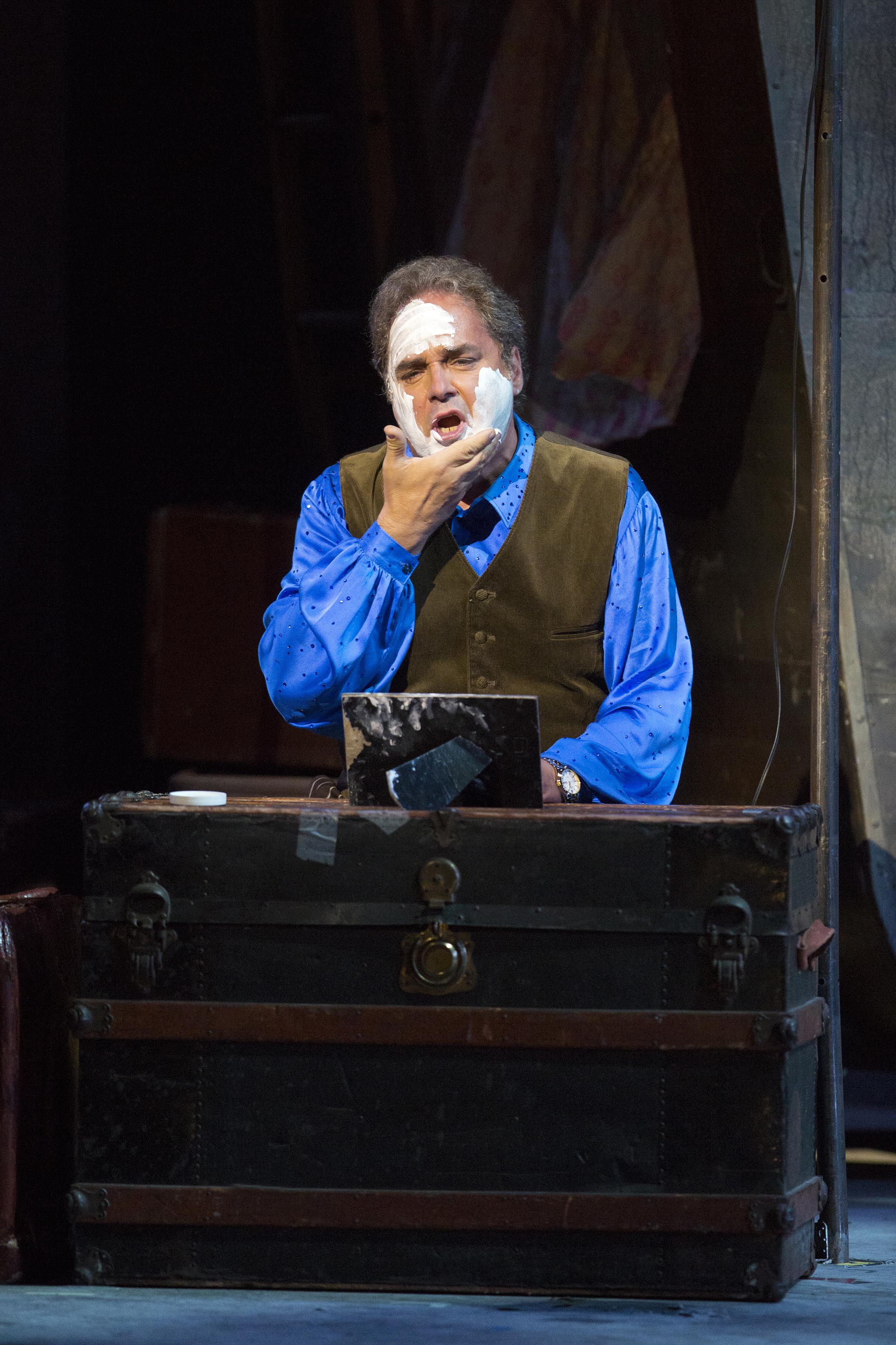 """Marco Berti as Canio in """"Pagliacci."""""""