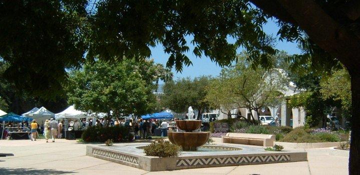 Arts & Crafts Fair in Ojai's Libbey Park