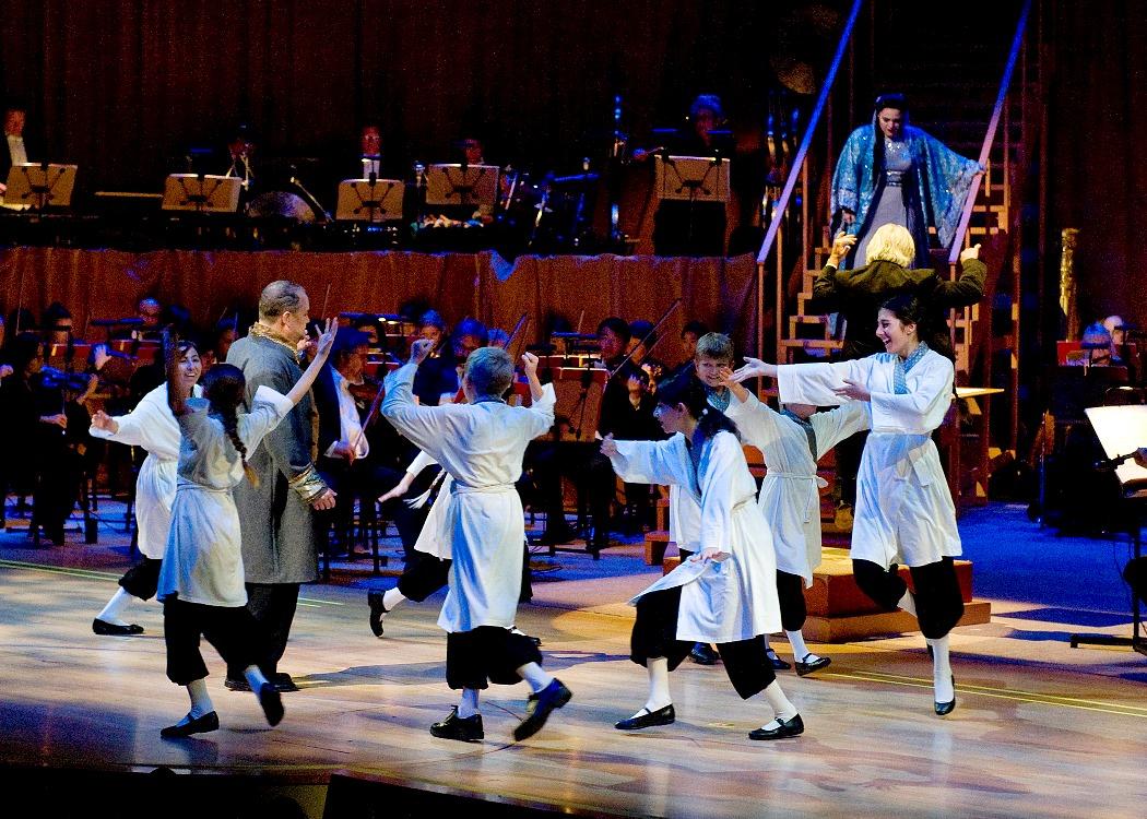 Turandot, Act II Scene 2, Three Riddles Challenge- Success! (Photo: Nick Koon)
